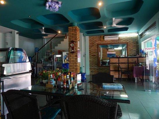 Bayview Cafe Restaurant: Salle Restaurant Bayview - 144 Halong Street