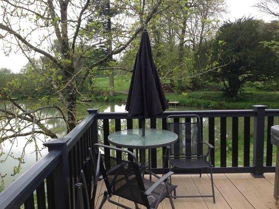 Hengar Manor Country Park: The Lake!