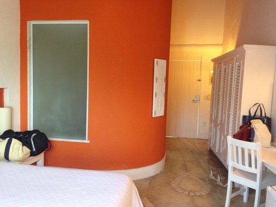 Perola Buzios Hotel: quarto amplo
