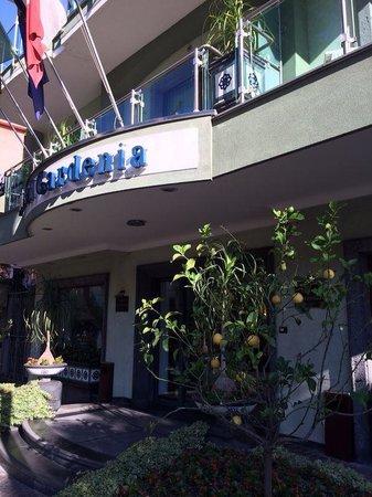 Comfort Hotel Gardenia Sorrento Coast: Fachada do Hotel