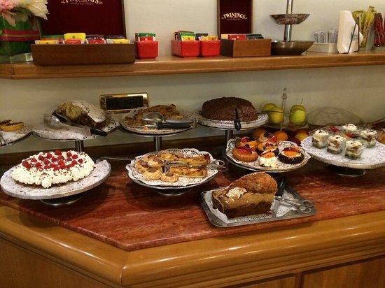 Comfort Hotel Gardenia Sorrento Coast: Café da manha