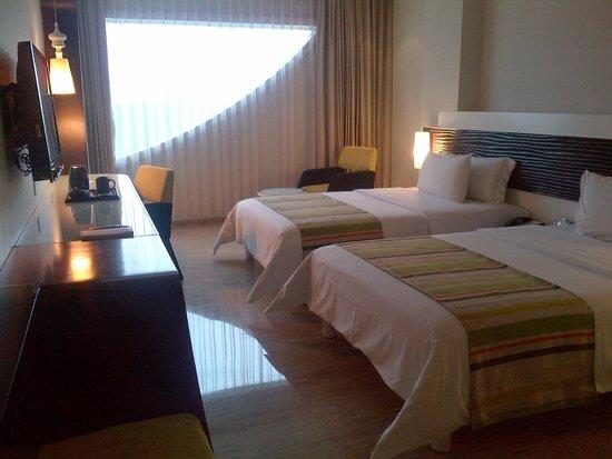 Sensa Hotel: room