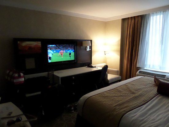 Staybridge Suites Times Square - New York City: Watching the world cup while getting ready