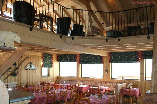 L'Ours Blanc Restaurant : Déjeuner au bar