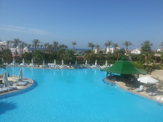 Tiran Island Hotel: Большой бассейн