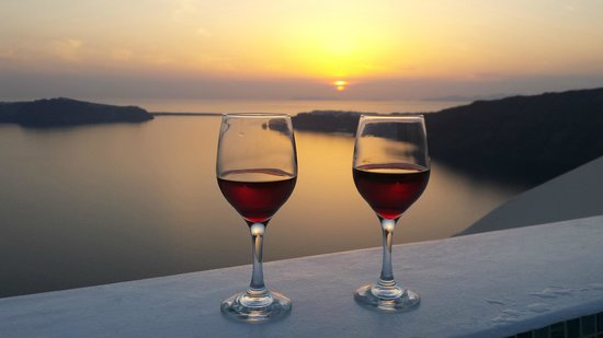 Anastasis Apartments: Wine/sunset from jacuzzi