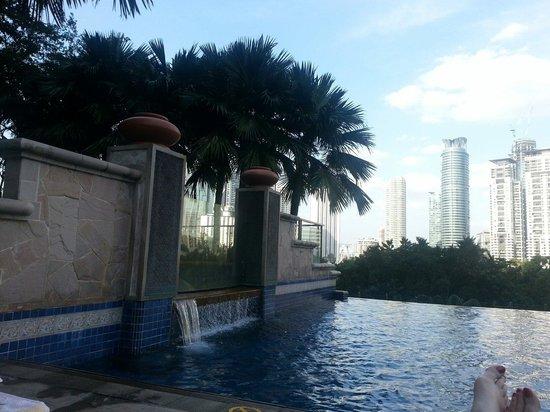 Mandarin Oriental, Kuala Lumpur : Beautiful pool
