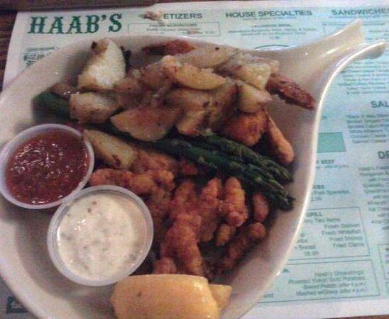Haab's Restaurant : Seafood dinner