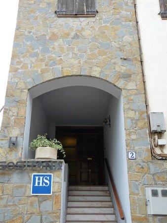 Hostal Sositana: Puerta Principal