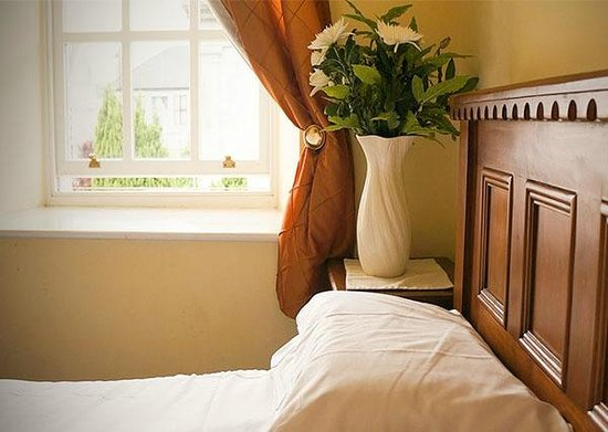 Jacksons Restaurant & Guesthouse: Accommodation located in the heart of Roscommon town