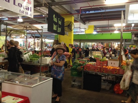 Rusty's Market: More stalls inside