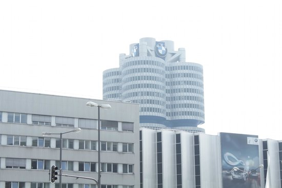 Museo BMW: Снаружи BMW Welt