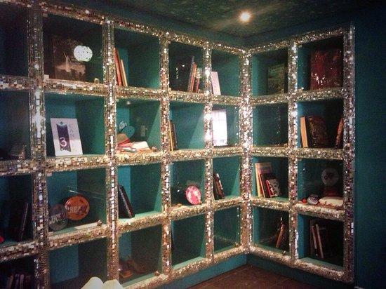 3.14 Hotel: Sparkly bookcase