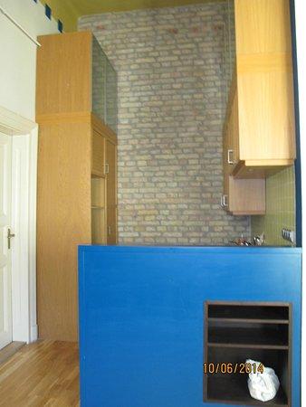 Centrooms House: Кухня