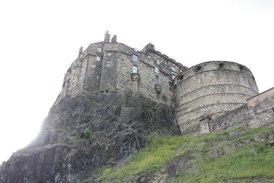 Castillo de Edimburgo: Вид на замок
