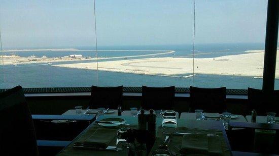 Hyatt Regency Dubai: club -->where breakfast buffet