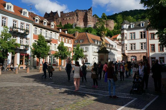 Altstadt (Old Town): Площадь старого города