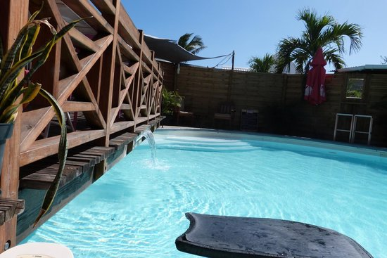 L'Acacia : piscine
