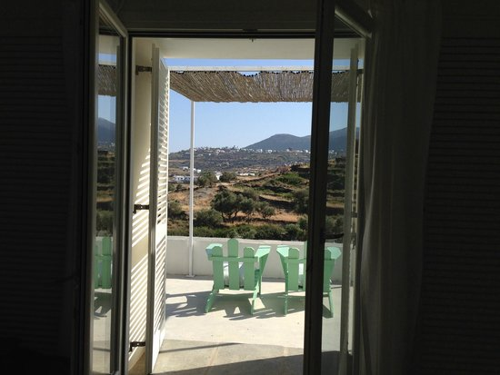 Kamaroti Suites Hotel : room view