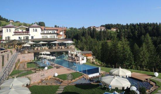 Mountain Spa Resort Hotel Albion: Hotel con Skypool