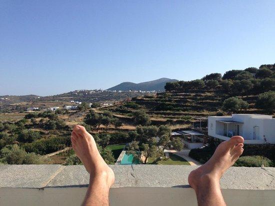 Kamaroti Suites Hotel : room view again