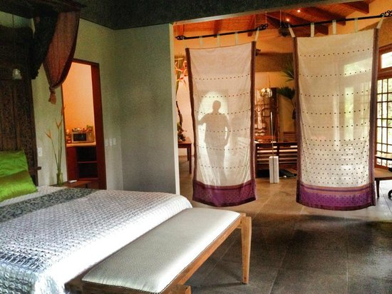 "Prana Rainforest Retreat : Beautiful Villa! (ok, and oddly enough my husband is all ""Peter Pan"" shadow like in the backgrou"
