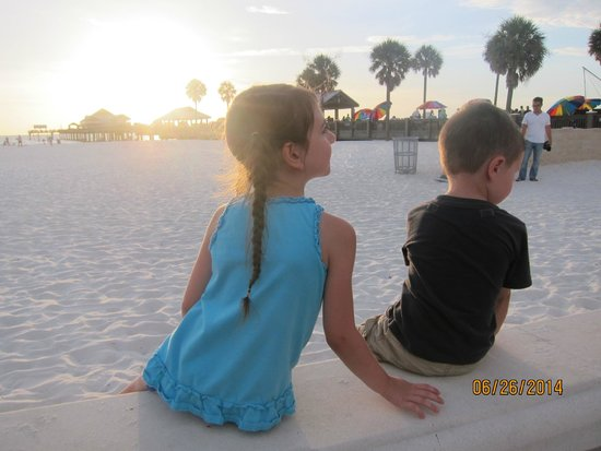 Clearwater Beach : my kids enjoying their time