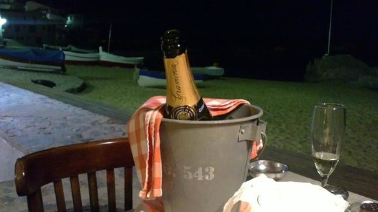 Can Gelpi: Cava for a romantic dinner MBCN 2014