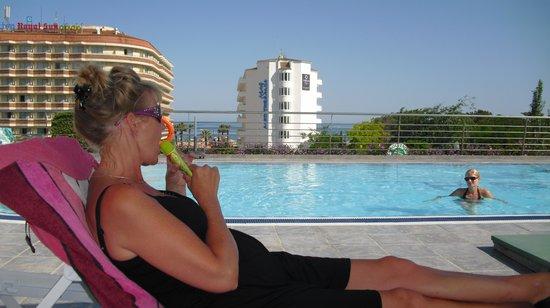 Hotel Checkin Sirius : Uitzicht vanaf 3e verdieping bij het zwembad
