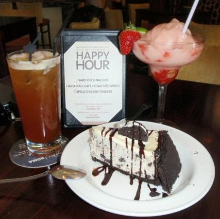 Hard Rock Cafe : Oreo Cheescake and NOT a Rum Punch