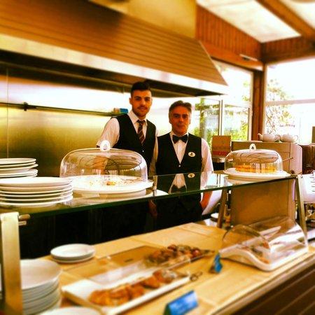 BEST WESTERN Hotel Plaza : breakfast