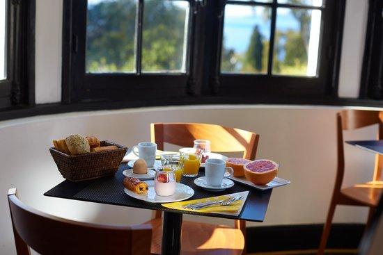 Hotel Les Terrasses du Bailli : Le petit déjeuner
