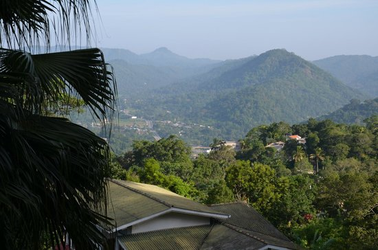 Amaya Hills Kandy : panorama dal ristorante