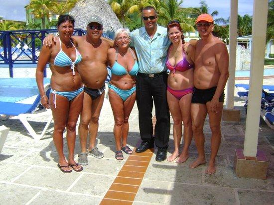 Iberostar Mojito : alexandro barman de la piscine le meilleur