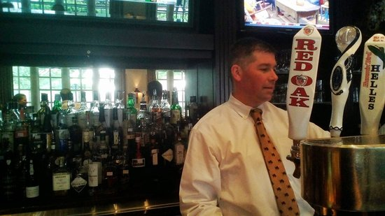 Washington Duke Inn & Golf Club: Our favorite bartender, Tim.