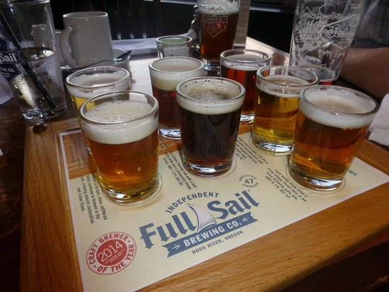 Full Sail Brewing Co: The sampler tray