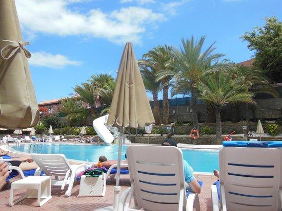 Hotel Neptuno Gran Canaria: Pool area