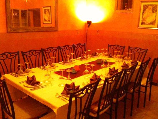A ma Maison : Group Seating