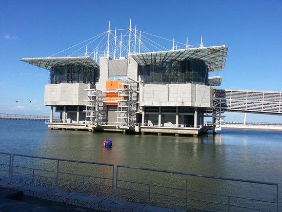 Lisbon Oceanarium : Oceanário de Lisboa - Vista externa