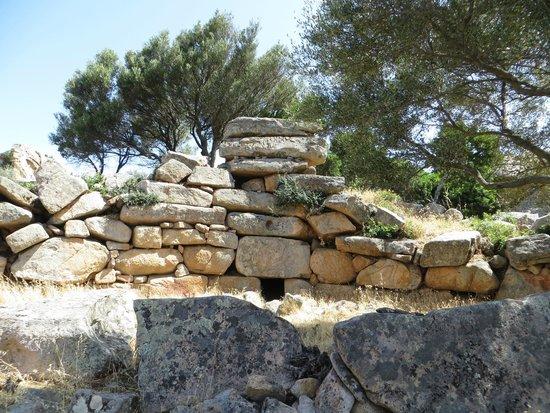 Tomba dei Giganti di Barrancu Mannu