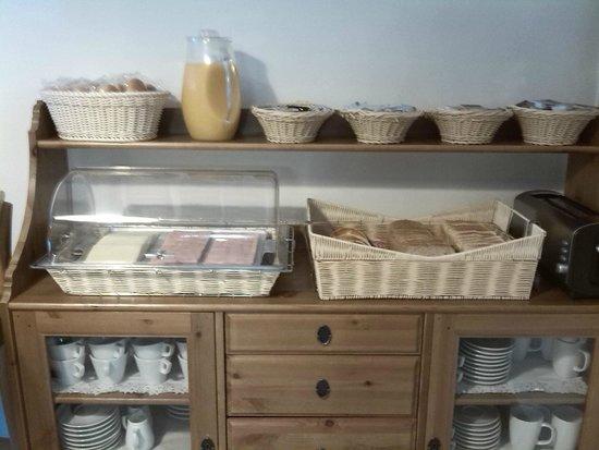 Blanc Guesthouse: Desayuno
