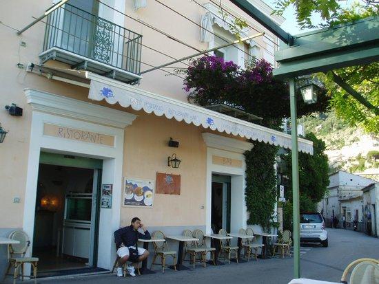 Caffe Positano : 店の外観