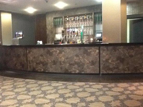 Kilkenny Ormonde Hotel: Bar