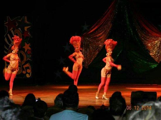 Memories Varadero Beach Resort: Great Entertainment EVERY NIGHT