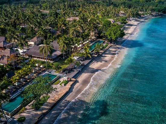 Qunci Villas Hotel: Aerial Photos with 360° degree photo tours (accessible on web site)