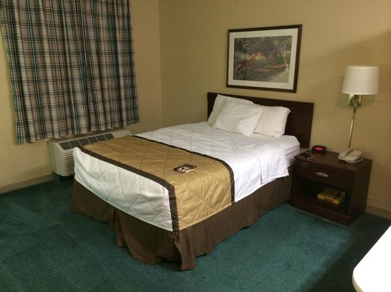 Extended Stay America - Chicago - Gurnee: Comfy bed