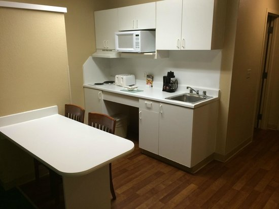 Extended Stay America - Chicago - Gurnee : Full kitchen!