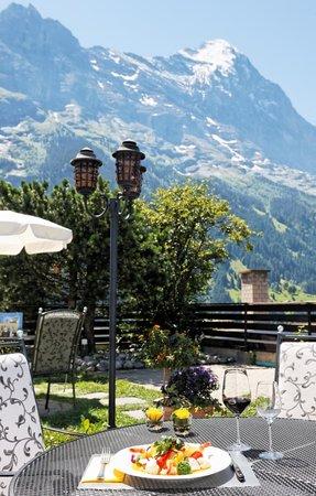 Hotel Spinne: Restaurant-Terrasse
