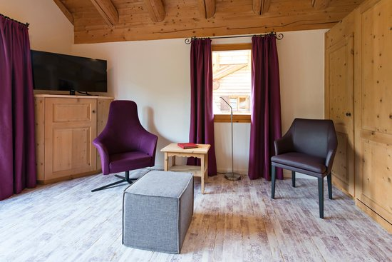 Hotel Chesa Rosatsch: Zimmer Duplex Wohnraum
