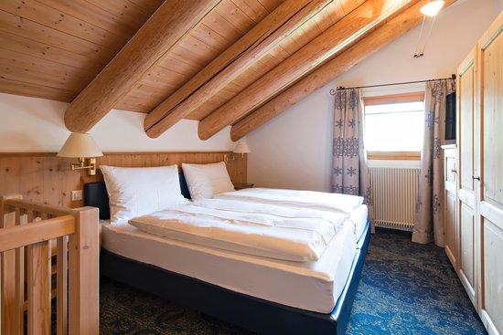 Hotel Chesa Rosatsch: Zimmer Duplex Schlafraum